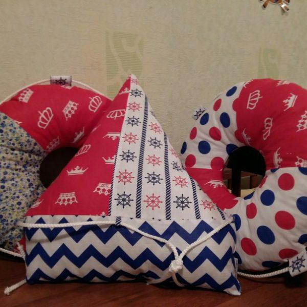 Набор из трех декоративный подушек